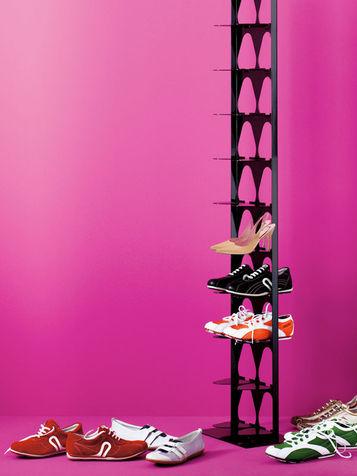Dove mettere le scarpe 10 soluzioni semplici ma geniali for Scarpiera orizzontale