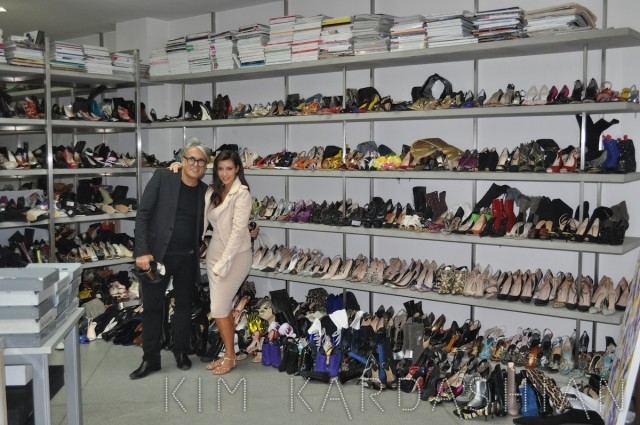 Kim Kardashian con Giuseppe Zanotti a Bologna