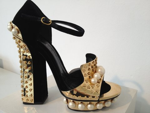 shoe-mcqueen