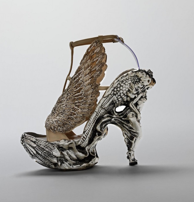 Shoe-with-angel-