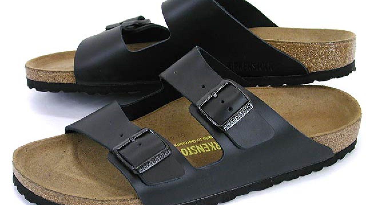 online store df16d 71e47 Il mito Birkenstock: 10 sandali per l'estate (foto e prezzi)