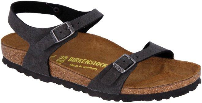 Il mito Birkenstock  10 sandali per l estate (foto e prezzi) 1ff6c95ccc4