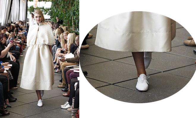 scarpe e abito da sposa inverno