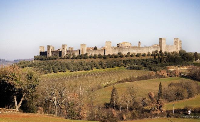 Tocana veduta dalla via Francigena