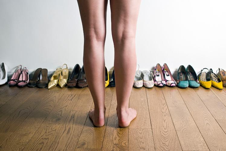 Senza scarpe in casa scarpe alte scarpe basse - Piedi freddi a letto ...
