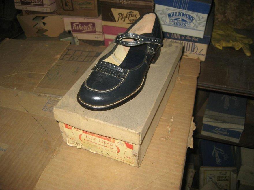 scarpe abbandonate da donna 2