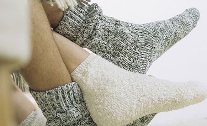 Piedi Freddi A Letto.Come Tenere I Piedi Caldi In Inverno Scarpe Alte Scarpe Basse