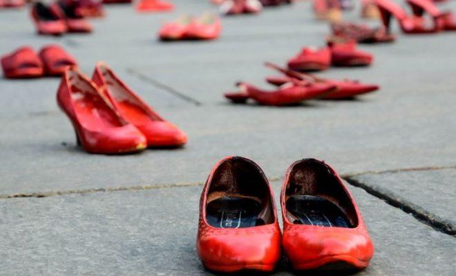 Risultati immagini per immagine scarpe rosse