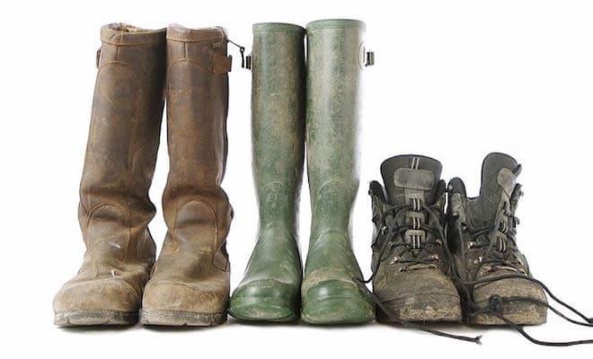 finest selection ec42a cf65f Come togliere il fango da scarpe e stivali - Scarpe Alte ...