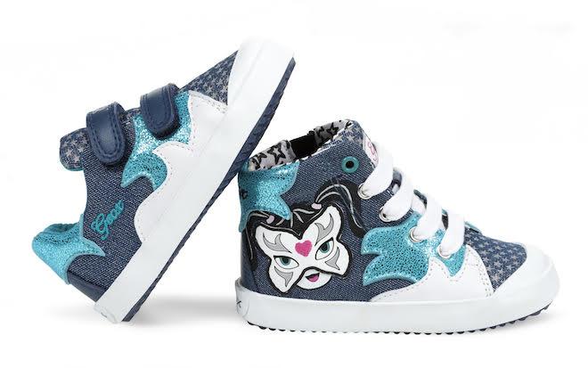 Come sempre nelle calzature per i bimbi è in primo piano lo stile giocoso cb470151eef