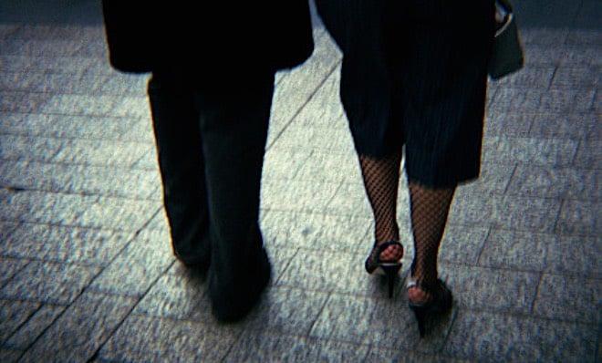 coppia anziana scarpe