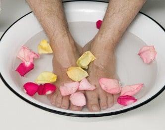 sudore piedi pediluvio