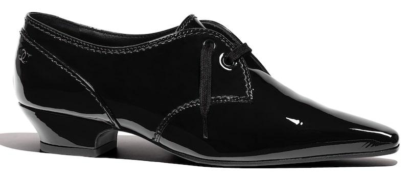 scarpe Chanel inverno 2019 stringate in vernice