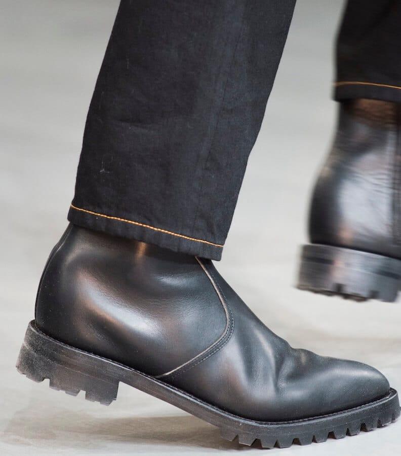 Stivali neri uomo e jeans inverno 2019 abbinare